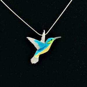 Zilver met emaille Kolibrie hanger van CatsCreations-sieraden